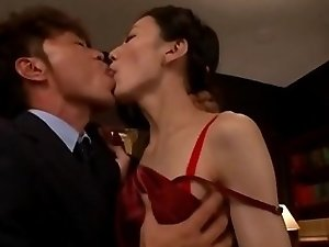 Japanese tranny handjob video