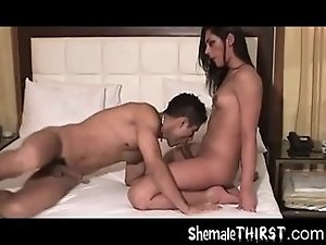 shemale hunk fucks guy ass